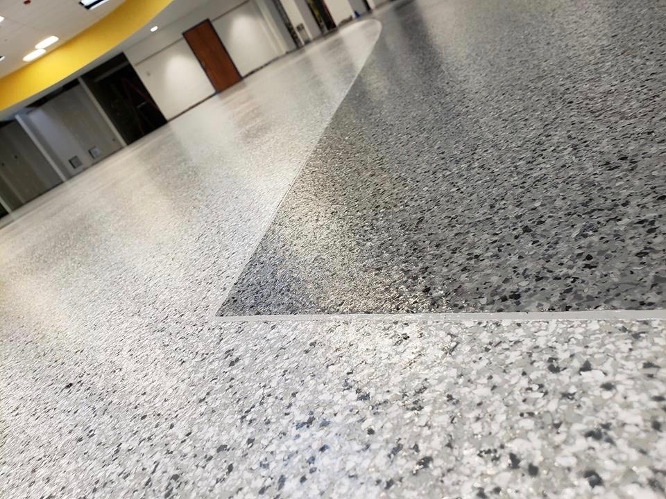 Flake style epoxy flooring by HD Painting