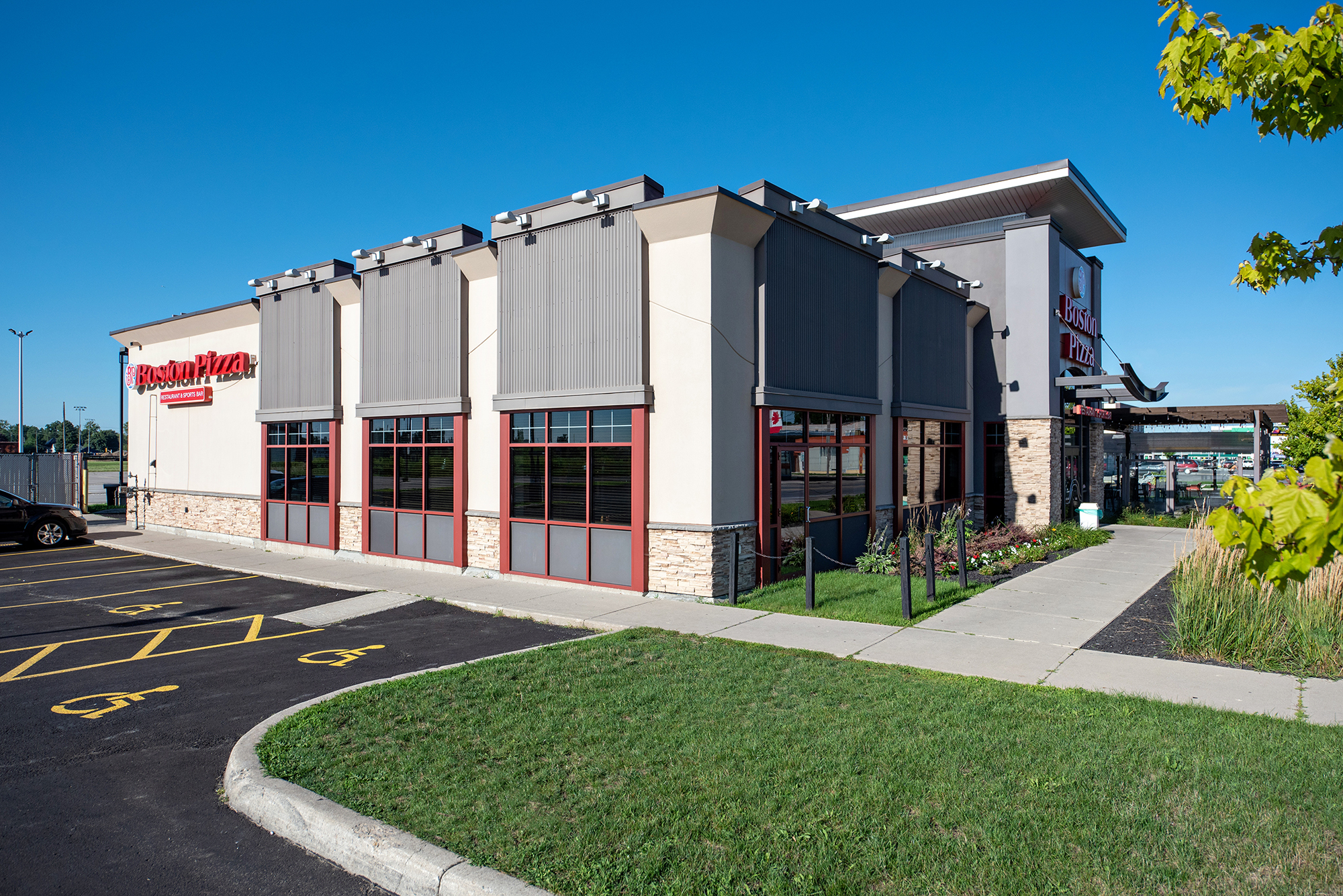 HD Commercial Painting Building Exterior Boston Pizza
